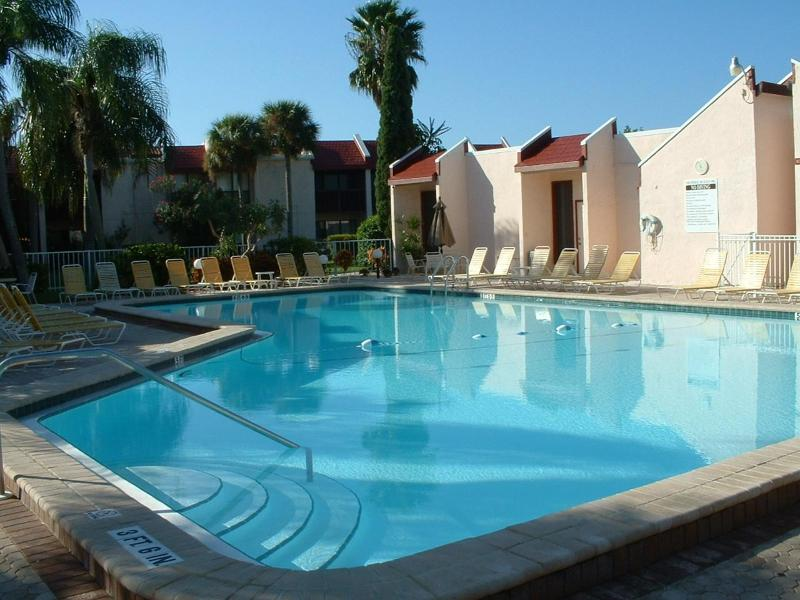largest heated pool on the island - Anna Maria Island Runaway Bay A Pool & Condo  #277 - Bradenton Beach - rentals