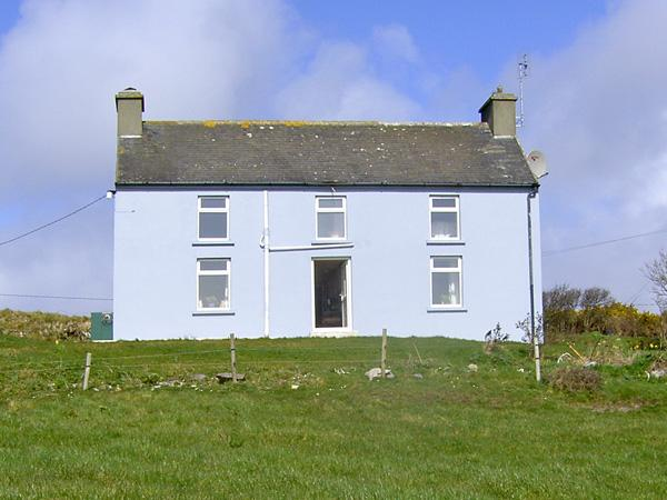 KATE'S COTTAGE, family friendly, country holiday cottage, with a garden in Skibbereen, County Cork, Ref 3903 - Image 1 - Skibbereen - rentals