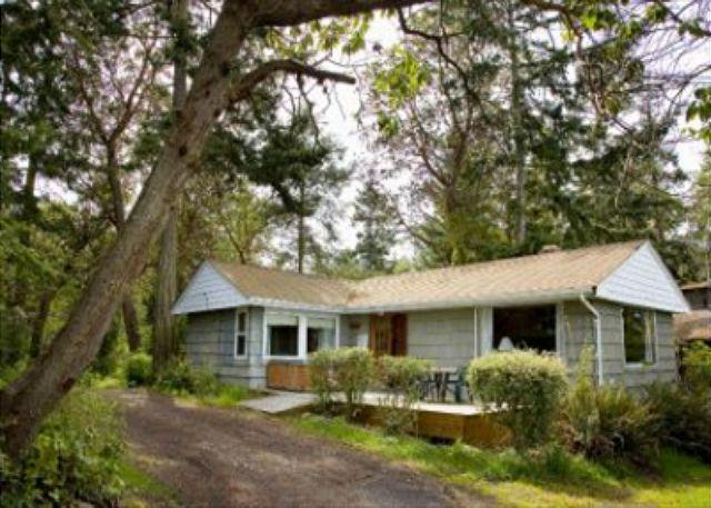 172 - Cove Cottage - Image 1 - Coupeville - rentals