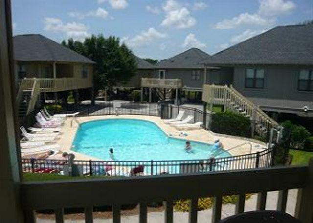 Pool that is nearby Guest Cottage 86 - Guest Cottage 2nd Row Myrtle Beach South Carolina - Myrtle Beach - rentals