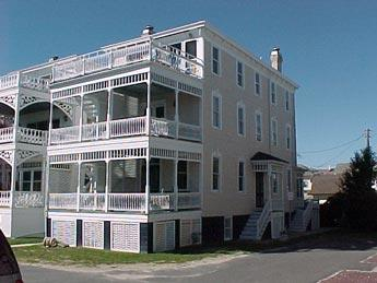 Lovely House with 2 BR, 1 BA in Cape May (White Cottage Garden Apt. 5638) - Image 1 - Cape May - rentals