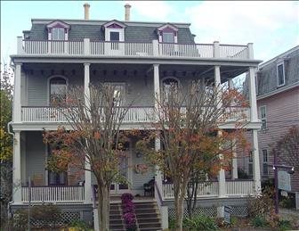 Wonderful 3 Bedroom & 2 Bathroom Condo in Cape May (The Folly 64064) - Image 1 - Cape May - rentals