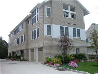 Heavenly Condo with 5 BR/4 BA in Cape May (49733) - Image 1 - Cape May - rentals