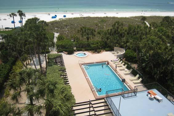 Pool Jacuzzi & Beach - Gulf of Mexico - 2BR2BA Gulf View SiestaKey Beach HDTV PVR FreeWiFi - Siesta Key - rentals