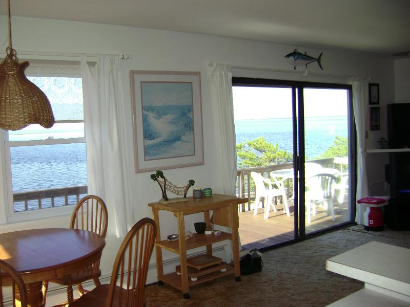 DSC01379.JPG - Enjoy 2013- On-the -BAY, and 3 blocks to the Ocean - Beach Haven - rentals
