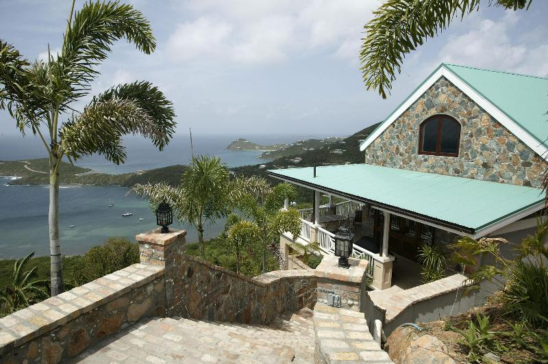 Little Palm Cottage with great ocean views - Honeymn/Romantic Private Suite w Ocean View & Pool - Fish Bay - rentals