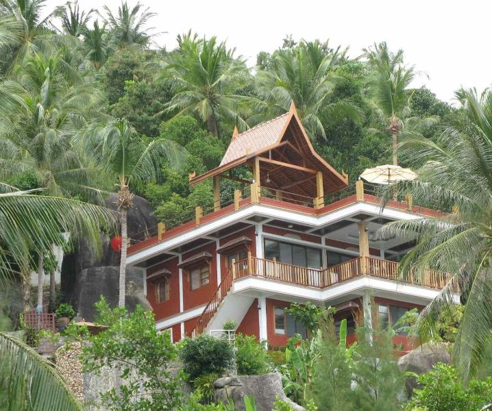The hilltop villa is highest house on the mountain! - Villa Lomchoy - Spectacular views from home & pool - Chaweng - rentals