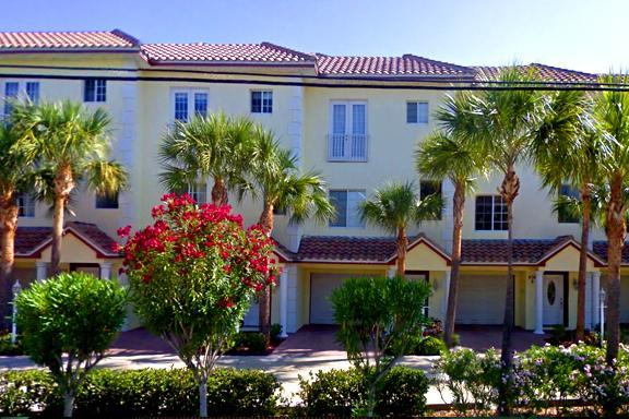 Townhouse front entrance picture in the heart of downtown - Attention! Waterfront Home w Roof Terrace!!! - Clearwater Beach - rentals