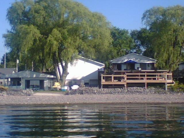 View from Lake Ontario - Beachfront Vacation Cottages, Olcott Beach, NY - Olcott - rentals