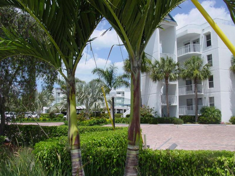 Grand Bay - Luxurious Waterfront Condominium on Marco Island - Marco Island - rentals