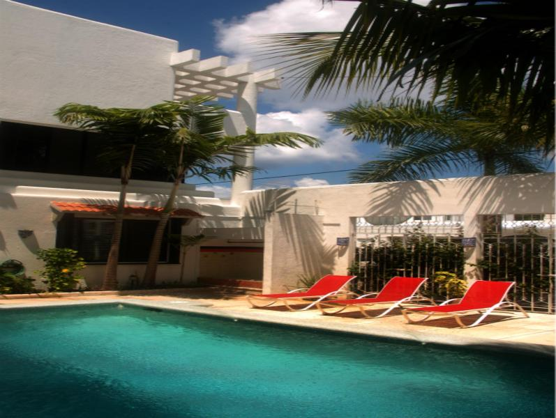Main pool area - Gorgeous villas one block from the ocean - Cozumel - rentals