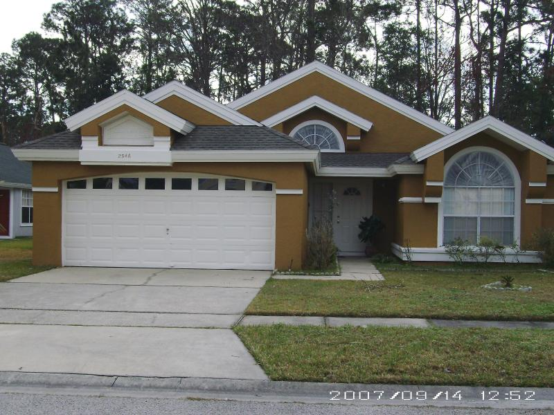 Front View of Home - Kissimmee Vacation Rental Home - Kissimmee - rentals
