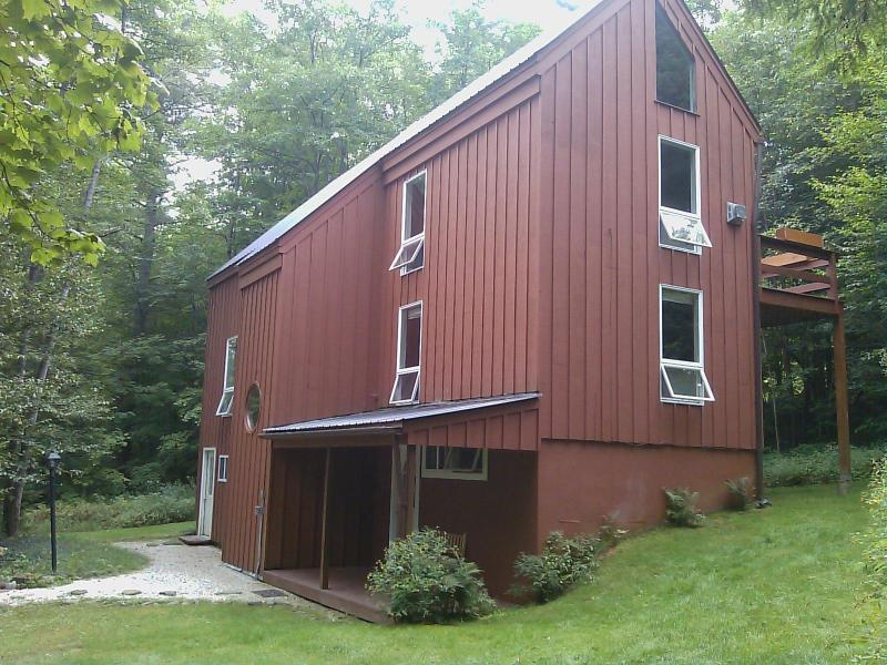 Great Year-Round Stowe Location - Stowe House. Luxurious. King Bed, Sauna, Wifi. - Stowe - rentals