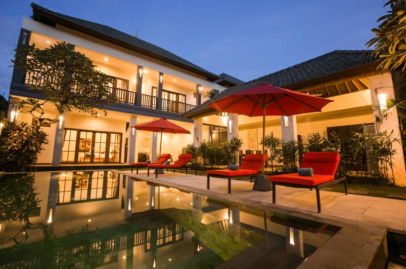 Private Pool Villa - Evening shot February 2014 - Villa Echo Beach: 250 mts to Echo Beach, priv.pool - Canggu - rentals