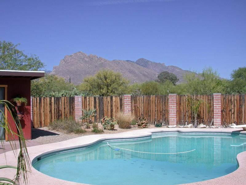 View from pool area - Studio Guest Cottage (Casita) - Tucson - rentals
