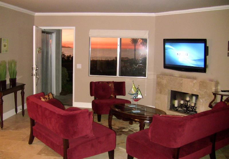 Watch the 46 inch flat screen HDTV or enjoy the turquoise blue ocean view! - Spectacular Ocean View from Every Room! Best Rate! - Dana Point - rentals