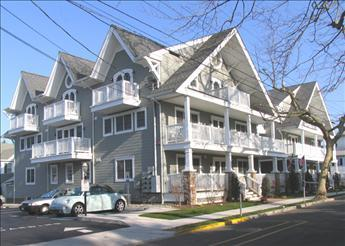 Cape May 1 Bedroom & 1 Bathroom Condo (Best Little House In Cape May 10418) - Image 1 - Cape May - rentals
