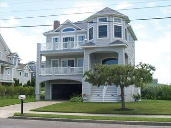 Beautiful House in Cape May (8730) - Image 1 - Cape May - rentals