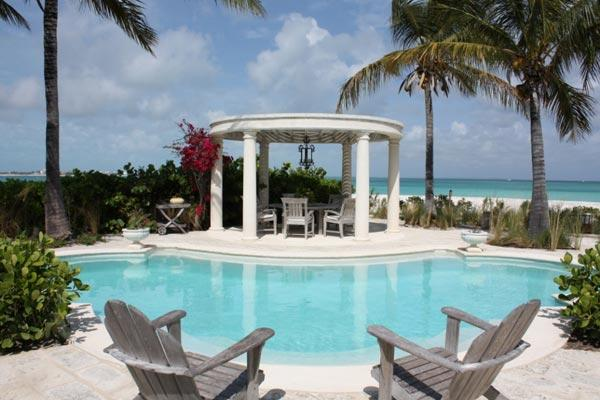 This is the ultimate villa for chic, sophisticated Caribbean living- starting with the spectacular setting on Grace Bay Beach. PL COR - Image 1 - Grace Bay - rentals