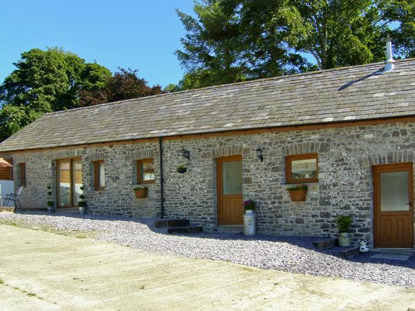 THE DAIRY, pet friendly, luxury holiday cottage, with hot tub in Llandysul, Ref 4285 - Image 1 - Ceredigion - rentals