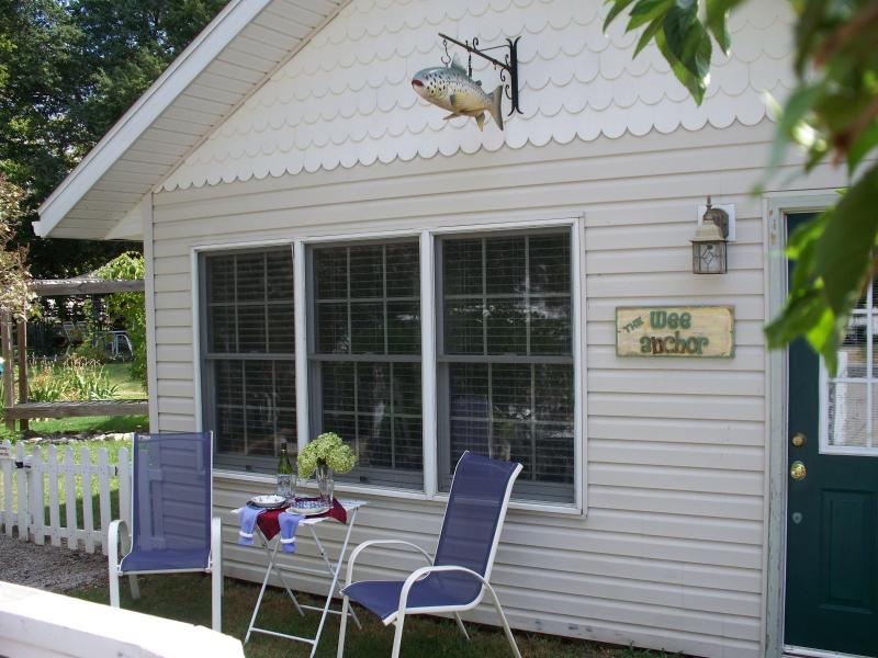 The Wee Anchor - Classy Lake-style Cottage on fabulous Put-in-Bay - Put in Bay - rentals