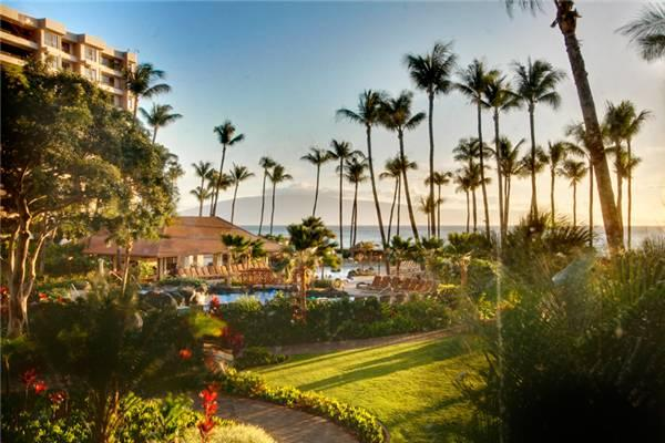 Picturesque 2 BR-2 BA House in Lahaina (Kaanapali Alii #221 2/2 OV) - Image 1 - Lahaina - rentals