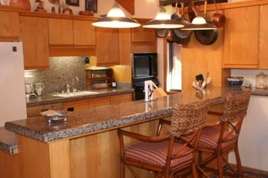 Ridge #29 - a luxurious Snowmass vacation condo. Nikken Certified Wellness Home - Image 1 - Snowmass Village - rentals