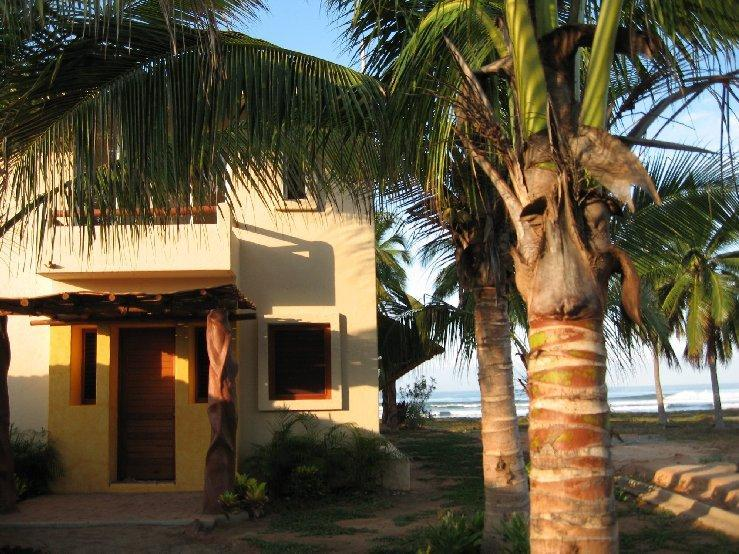 Road entrance - CASA ROSALINDA - Beachfront Villas near Troncones - Troncones - rentals