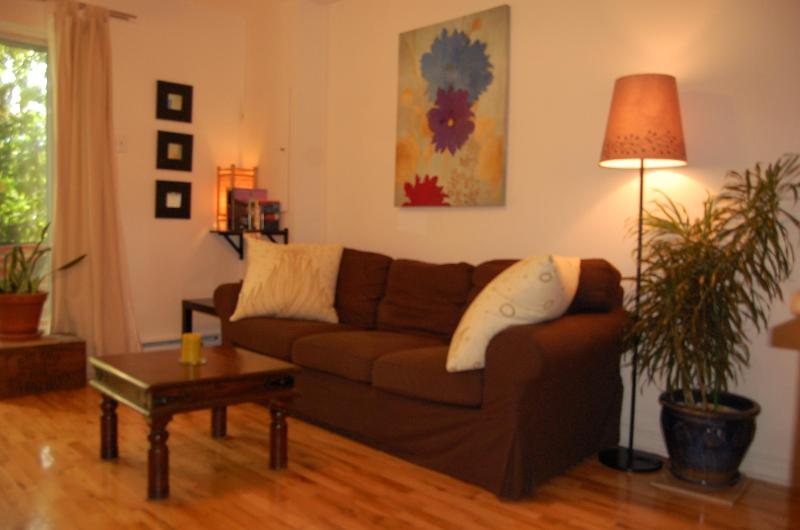 Charming spot 15 min downtown - Image 1 - Montreal - rentals