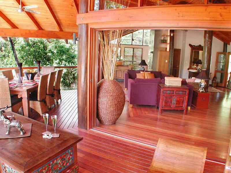 Balcony in the treetops - Wanggulay- Balinese Luxury Cairns City - Cairns - rentals