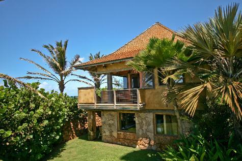 This is a private separate cottage upstairs with fabulous views - Paia Baby Beach Hale romantic cottage for 2 - Paia - rentals