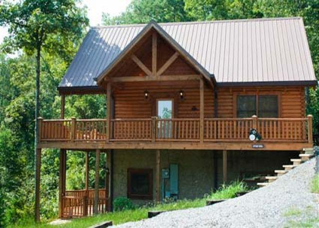 Fantastic Private Mountainside Retreat Close to Pigeon Forge!  AUTWND - Image 1 - Sevierville - rentals