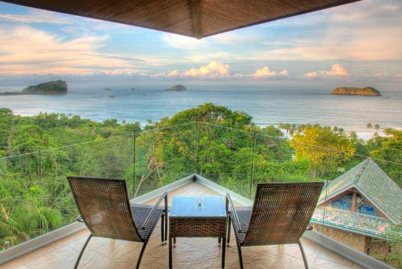 Villa Punto de Vista - Master Suite Balcony! - 10BR LUXURY VILLA - OCEAN VIEWS, POOL , FULL STAFF - Manuel Antonio - rentals