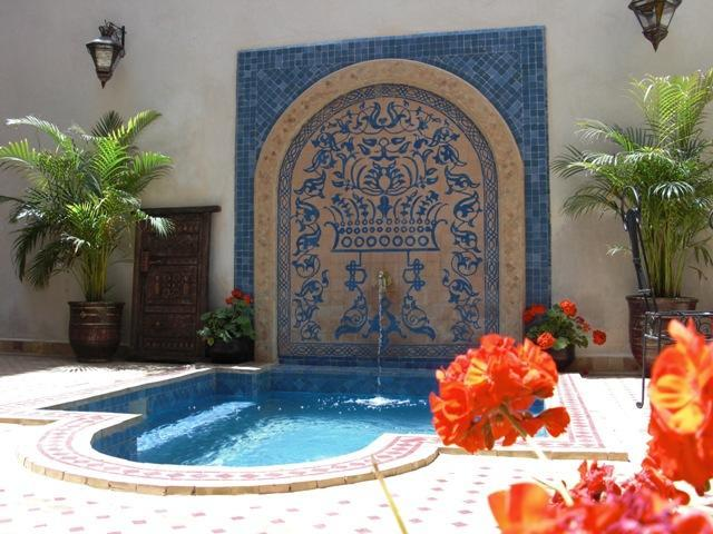 Courtyard plunge pool - Maison Africa - Very Stylish Marrakech Riad Rental - Marrakech - rentals