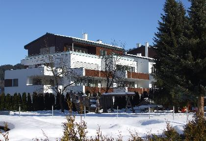 Apartment building (we are on 2nd floor) - Modern 1 Bed apt sleeps 4 nr skilift and village - Flachau - rentals