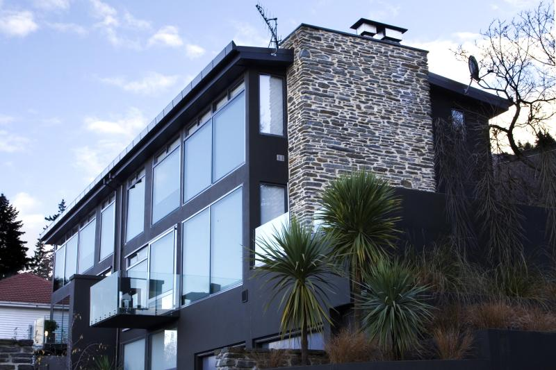 Exterior - Forty Two - Luxury House in Central Queenstown - Queenstown - rentals