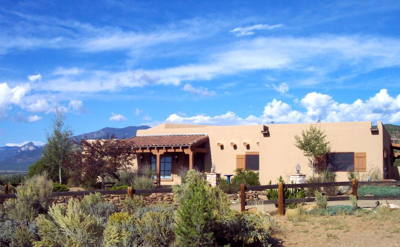 Southwestern details abound and the views are drop dead georgous in this home - Elegant Southwestern with incredible views - Taos - rentals