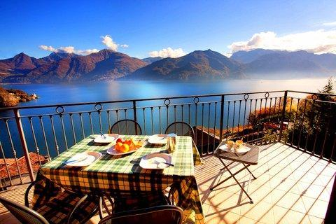 Dine inside or alfresco for superb lake views! - Belvedere Penthouse Menaggio - Menaggio - rentals