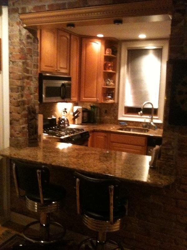 Luxury Row Home just off Exciting South Street - Image 1 - Philadelphia - rentals