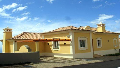 Stylish three bedroom Madeira villa: PV3-35 - Image 1 - Madeira - rentals