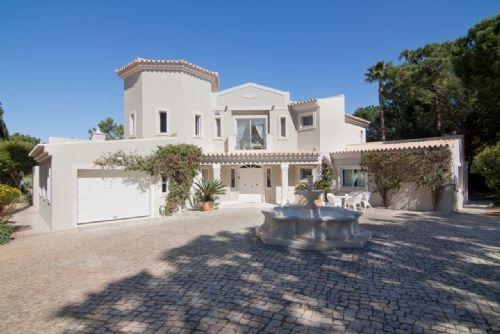 Modern 4 Bed Villa - Quinta do Lago - PV4-46 - Image 1 - Quinta do Lago - rentals