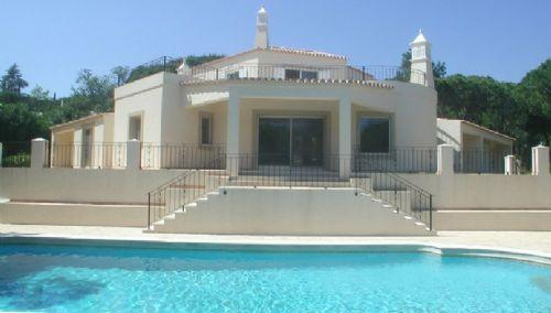 Attractive villa in prime location in Quinta do Lago: PV4-39 - Image 1 - Quinta do Lago - rentals