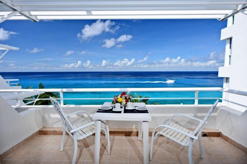 Miramar 404 newly remodeled high end condo! - Image 1 - Cozumel - rentals