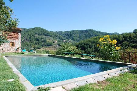Historic Bottino peaceful countryside villa composed of 2 buildings,  ideal for groups & hiking - Image 1 - Lucca - rentals