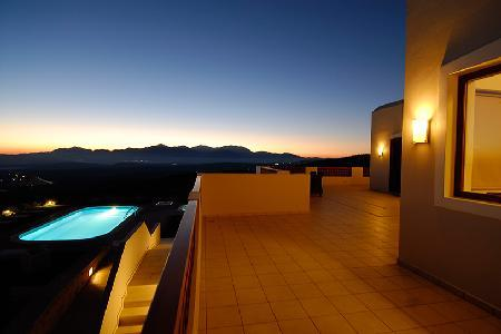 Spacious Villa Selena- surrounded by vineyards & mountains, great for groups - Image 1 - Heraklion - rentals