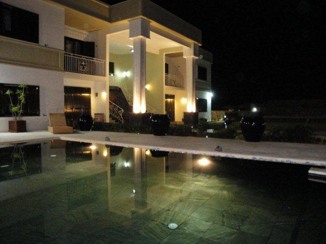 Royal Ho  Residence Night - Royal Ho Residence with swimming pool & Wifi free - Grand Baie - rentals