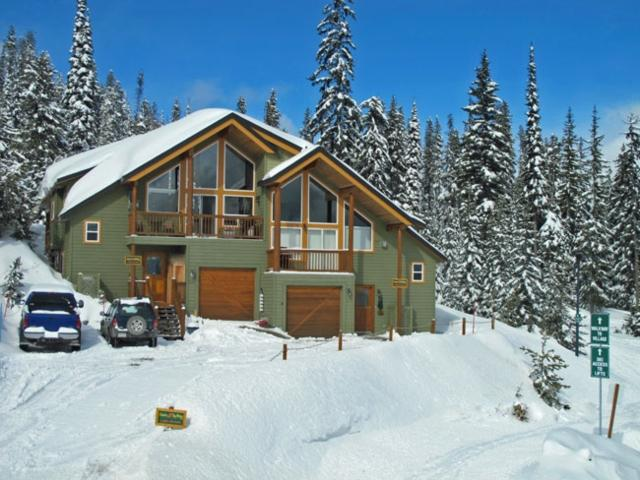 Pine Place Chalet PINEPLAC - Image 1 - Big White - rentals