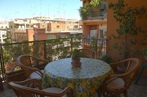 The lovely balcony, with views on the Roman roofs - Elegant Bright Spacious: Mins 2 Colosseum by Metro - Rome - rentals