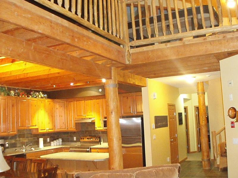 Snowy Creek Lodge - Ski Chalet at Big White steps from chair lift!! - British Columbia - rentals