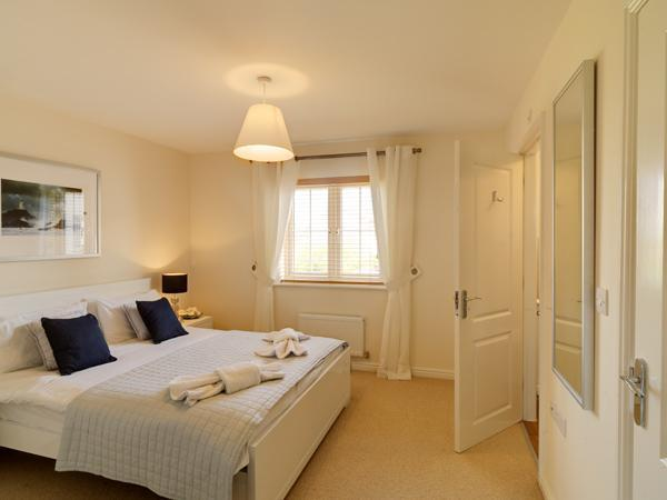 Luxury master Bedroom with En-suite - The Light House, Camber Sands, Rye, 1066 Country - Camber - rentals